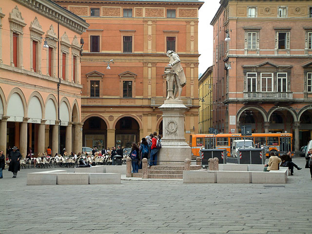 Plaza in Bologna